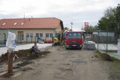 2009-11-Výstavba-vodovodu-v-ulici-Nad-Statkem-a1